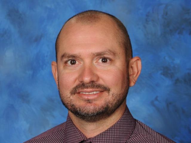 staff photo of Derek  Cain