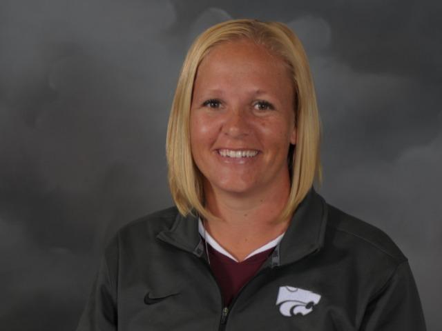 staff photo of Wendy Knight