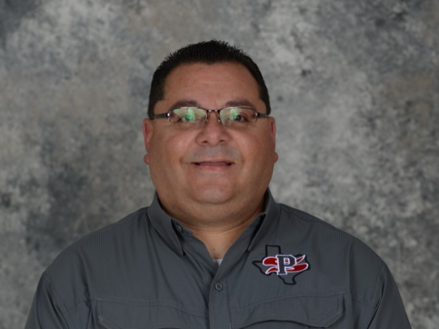 staff photo of Roy Garcia II