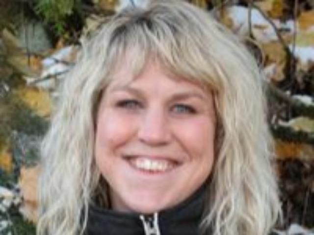 staff photo of Heidi Melville