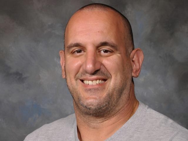 staff photo of Pete Papahronis