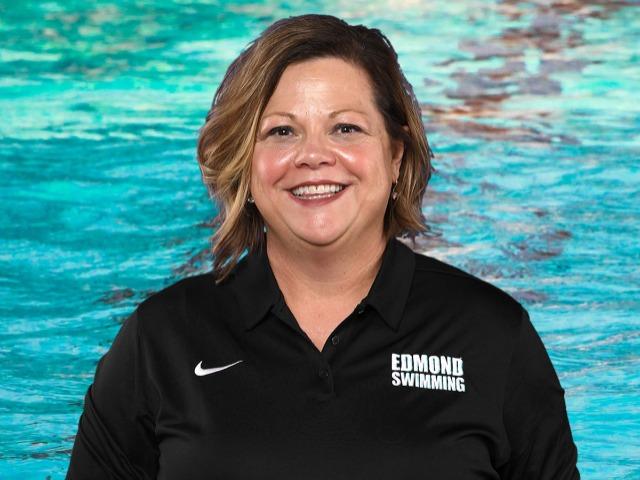 staff photo of Heather Devoe